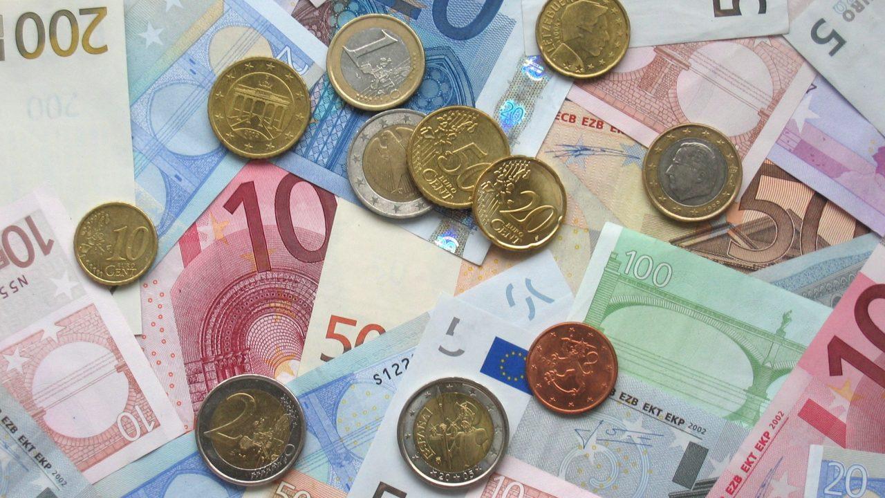 Osłabienie europejskiej waluty