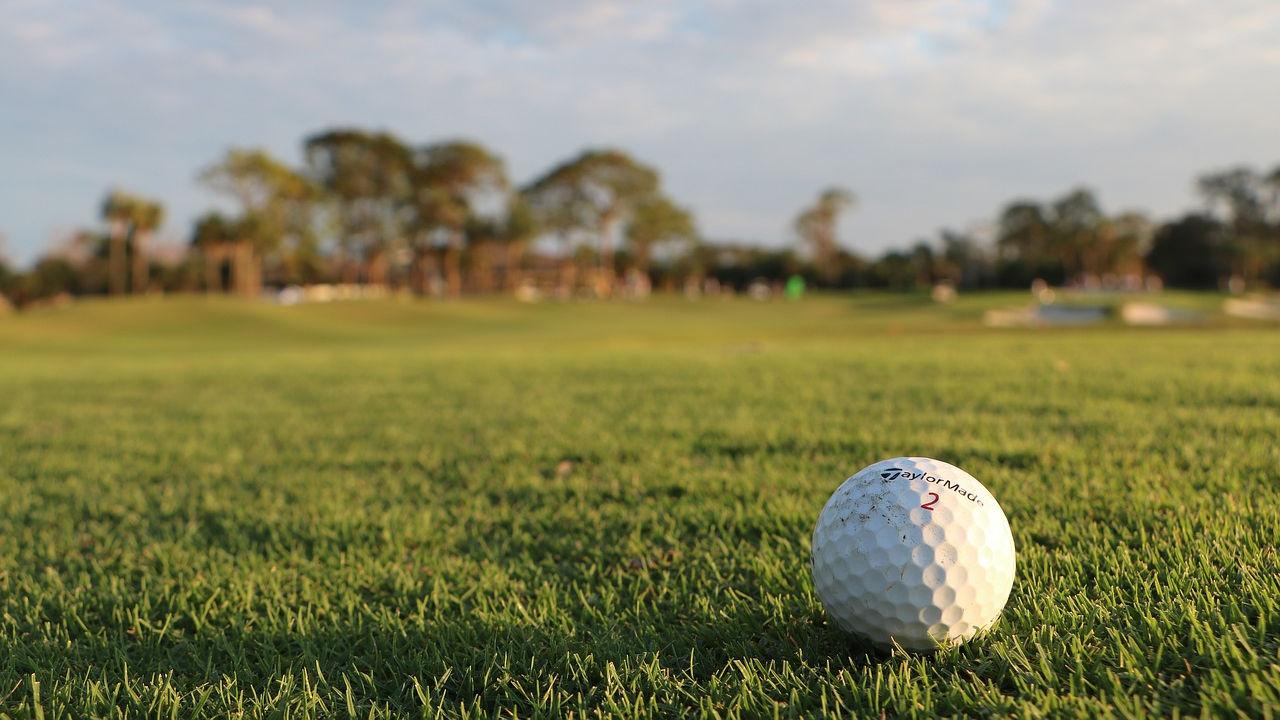 atfx sponsorem zawodów golfowych