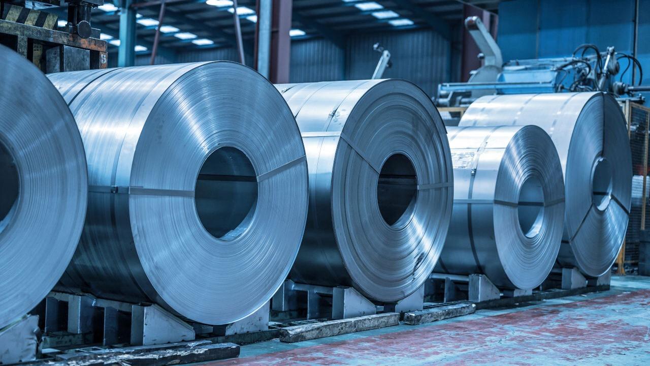 mniejszy popyt w chinach może sprawić że ceny stali i materiałów budowlanych spadną