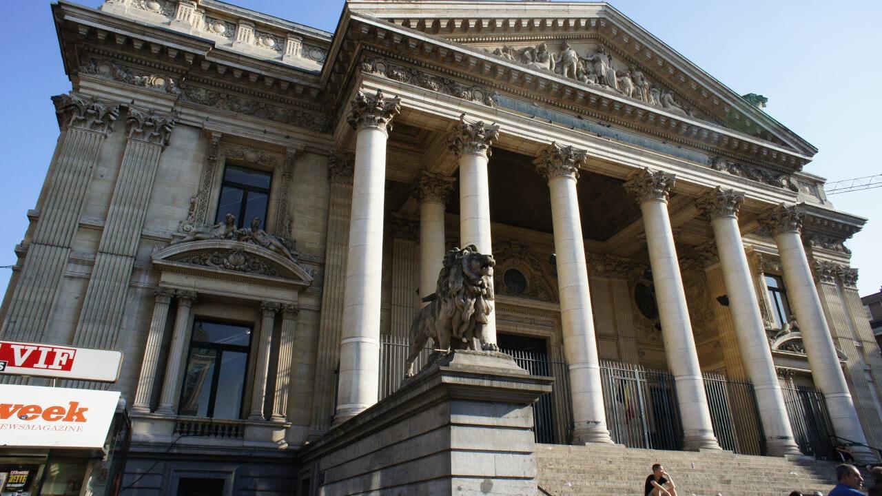 Giełda w Brukseli - belgia - pół miliona belgów inwestuje w akcje
